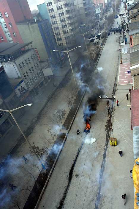 Yüksekova'da Newroz Gerginliği 11