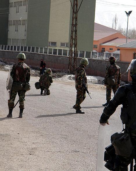 Yüksekova'da Newroz Gerginliği 22