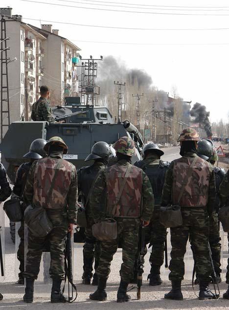 Yüksekova'da Newroz Gerginliği 23