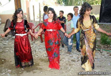Yüksekova Düğünleri (08 Temmuz 2012) 204