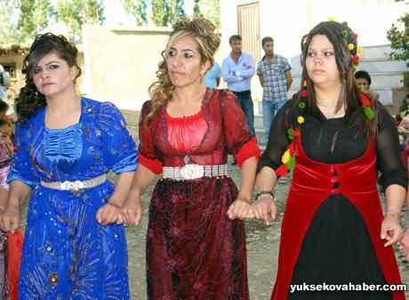 Yüksekova Düğünleri (08 Temmuz 2012) 205