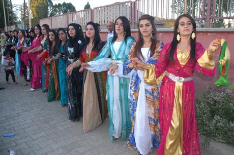 Yüksekova Düğünleri (08 Temmuz 2012) 213