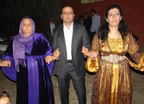 Yüksekova Düğünleri (08 Temmuz 2012) 218