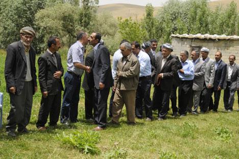 Aralarında husumet bulunan aileler barıştı 36