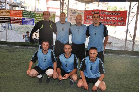 Hakkari turnuvasında final maçı oynandı 7