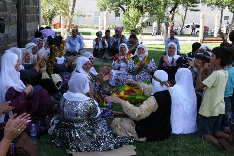 Diyarbakır'da miting hareketliliği 1