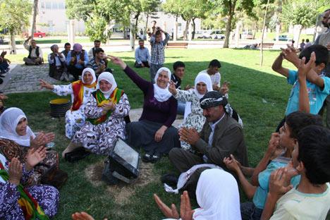Diyarbakır'da miting hareketliliği 2