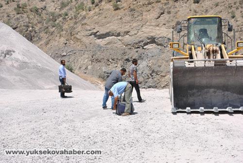 Baraj yapımında çalışan araçlar ateşe verildi 17