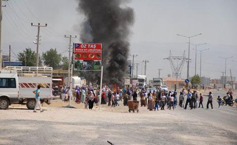 Diyarbakır'da polis ablukası 16