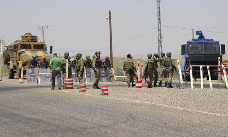 Diyarbakır'da polis ablukası 4