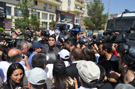 Diyarbakır savaş alanına döndü 11