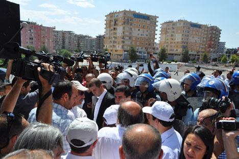 Diyarbakır savaş alanına döndü 13