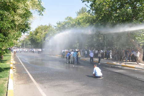 Diyarbakır savaş alanına döndü 2