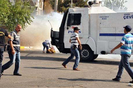 Diyarbakır'da BDP'li vekillere müdahale 15