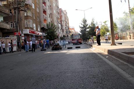 Diyarbakır'da BDP'li vekillere müdahale 36