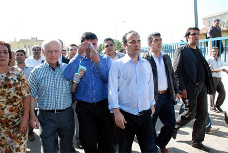 Diyarbakır'da BDP'li vekillere müdahale 42