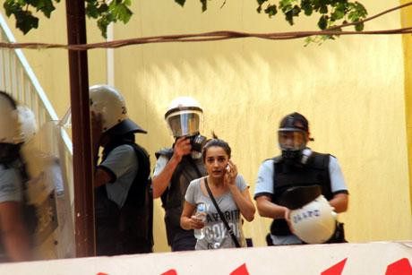Diyarbakır'da BDP'li vekillere müdahale 47