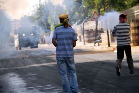 Diyarbakır'da BDP'li vekillere müdahale 71