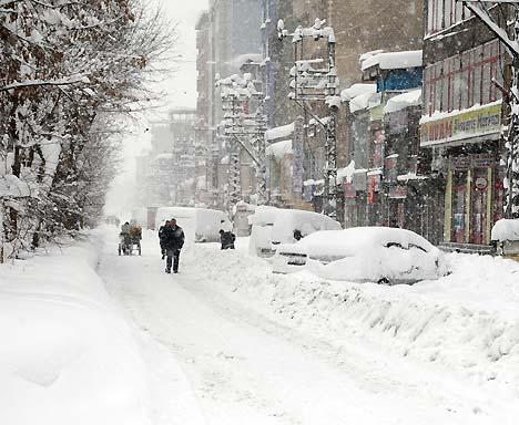 Yüksekova'da kar yağışı 3