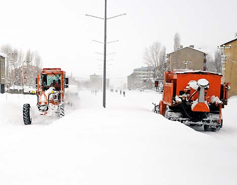 Yüksekova'da kar yağışı 6