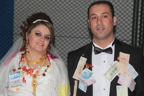 Hakkari Düğünleri (16-17Kasım 2013) 1