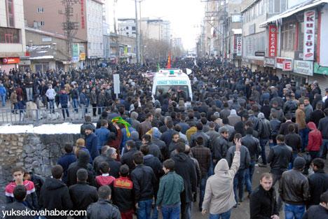 Cenazeler Yüksekova'ya getirildi 3