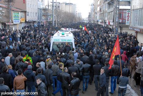 Cenazeler Yüksekova'ya getirildi 4