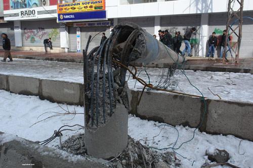 Yüksekova'da olaylar durulmuyor 22