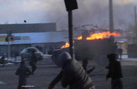 Yüksekova'da olaylar durulmuyor 27