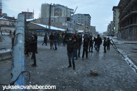Yüksekova'da olaylar durulmuyor 38