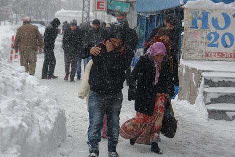 Kar yağışı hayatı olumsuz etkiliyor 9