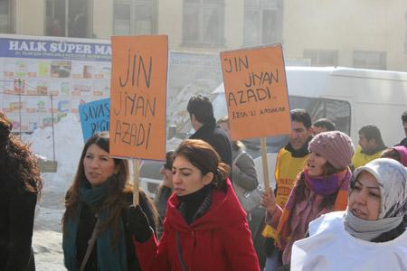 KESK Hakkari'de bütçe talepleri için grevde 9