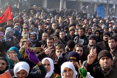 Yüksekova'da Rojava devrimine destek 4