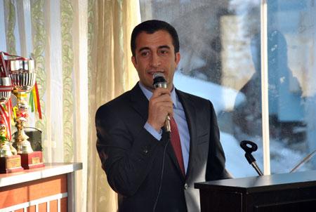 Şemdinli'de  Esnaf odası başkanlığı seçimi yapıldı 10