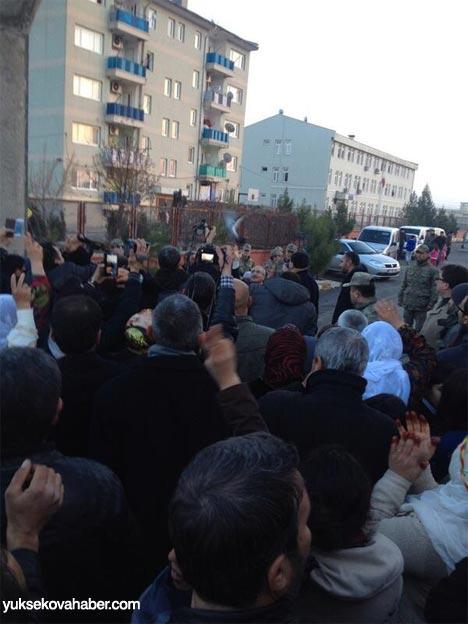 Tutuklu vekillerin sosyal medya fotoğrafları 9