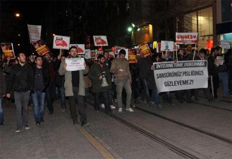 Türkiye 'İnternetime Dokunma' diyor! 6
