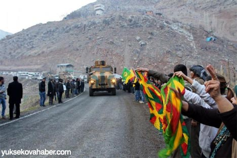Kirpiler BDP konvoyunun arasında kalınca 3
