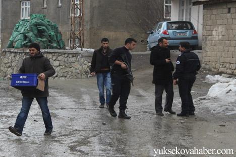 Hakkari Rojava'da ilan edilan özerkliği selamladı 29