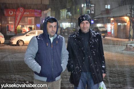 Yüksekova'da kar yağışı 31
