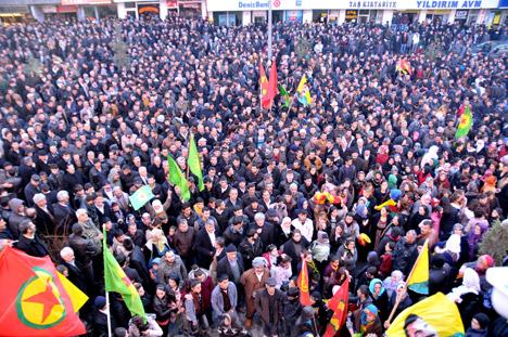 Demirtaş: Rojava'daki direniş Hakkari'de heyecan yarattı 20
