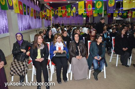 Demirtaş, Yüksekova'da esnaflarla buluştu 10