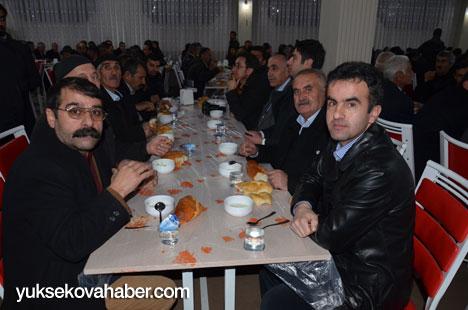 Demirtaş, Yüksekova'da esnaflarla buluştu 22