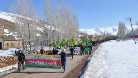 Şemdinli ve Yüksekova'da '15 Şubat' protestosu 14