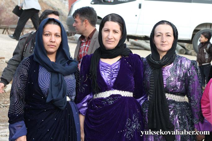 Şemdinli'de 8 Mart kadınlar günü kutlandı 12