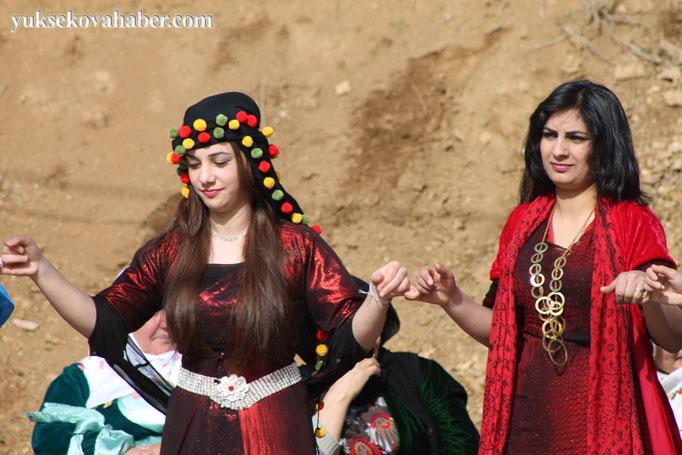 Şemdinli'de 8 Mart kadınlar günü kutlandı 21