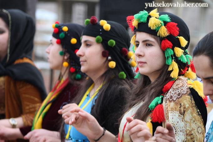 Şemdinli'de 8 Mart kadınlar günü kutlandı 27