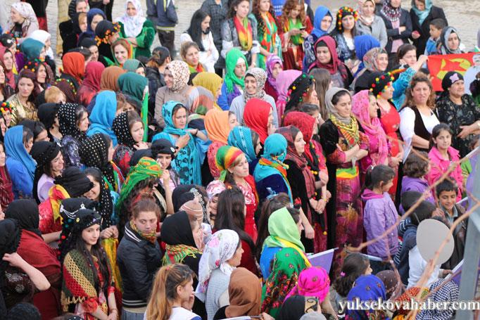 Şemdinli'de 8 Mart kadınlar günü kutlandı 31