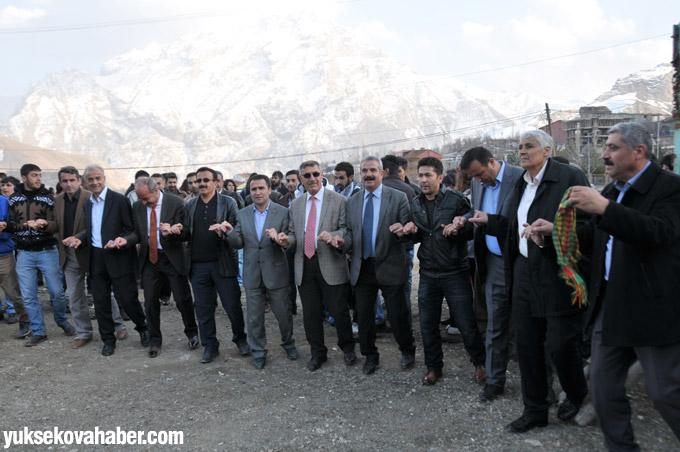 ÇÖDER'liler 8 Martı halaylar ile kutladı 4