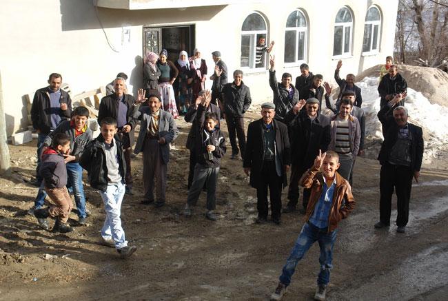 BDP köylerde seçim çalışmalarına devam ediyor 13