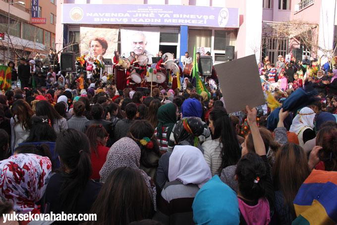 Hakkari'de 8 Mart şöleni 56